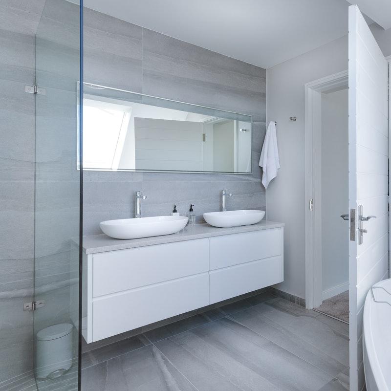 Prenova kopalnic slikopleskarstvo Završnik